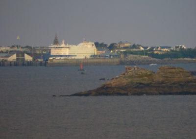 ferry, kerdies, vue, plougasnou, roscoff